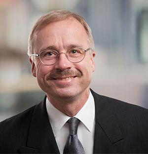Dr. Martin Hoeveler